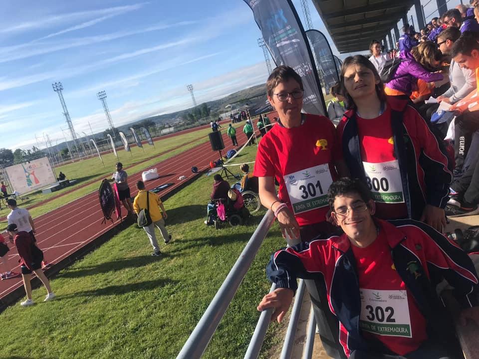 Participando en las pruebas de atletismo JEDES 2019